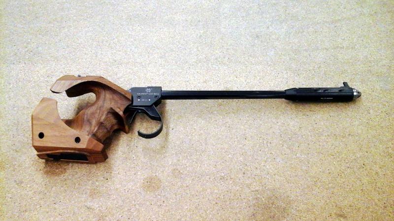 Freie Pistole